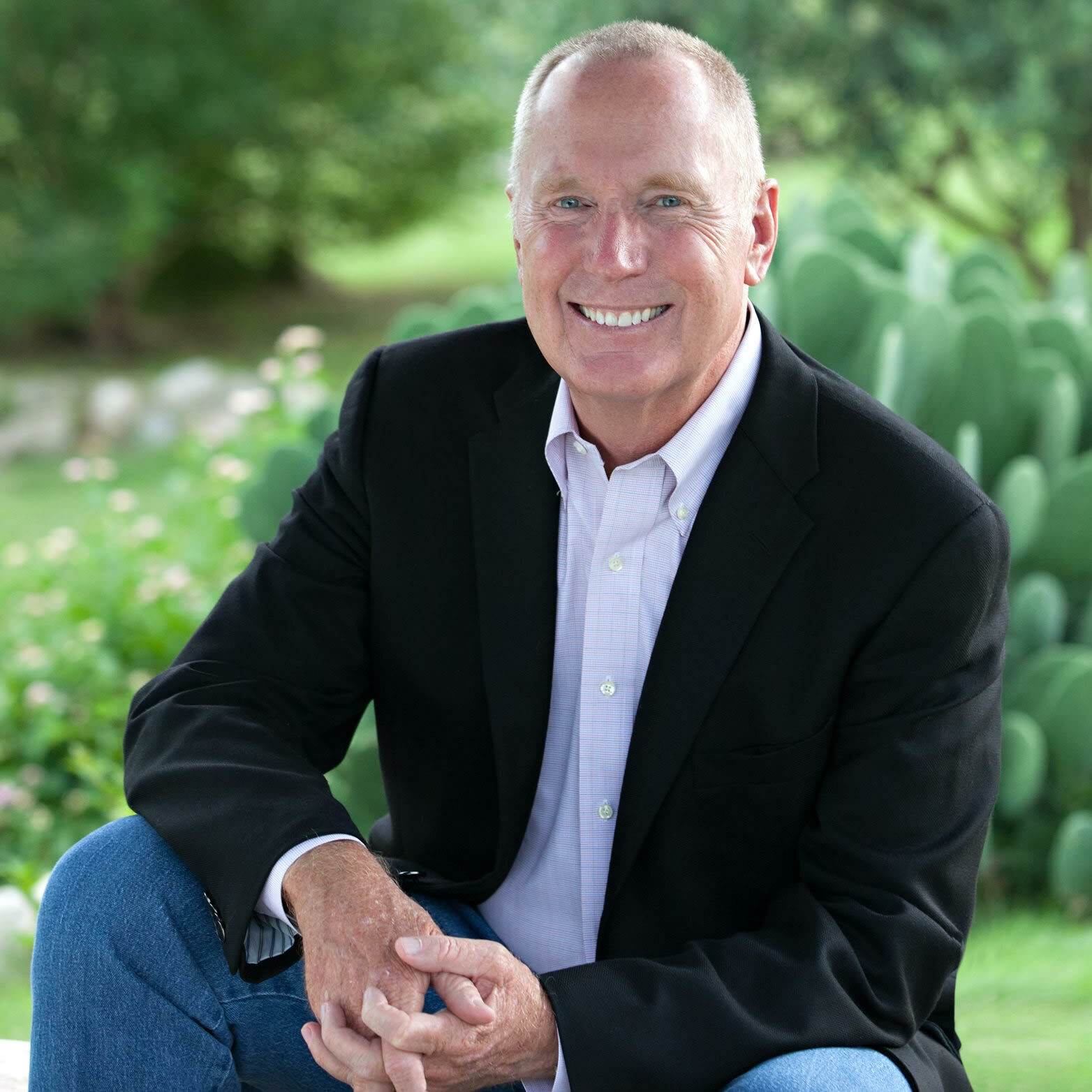 New York Times Bestselling Author Max Lucado